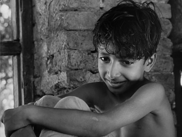 pather panchali - apu chuckle