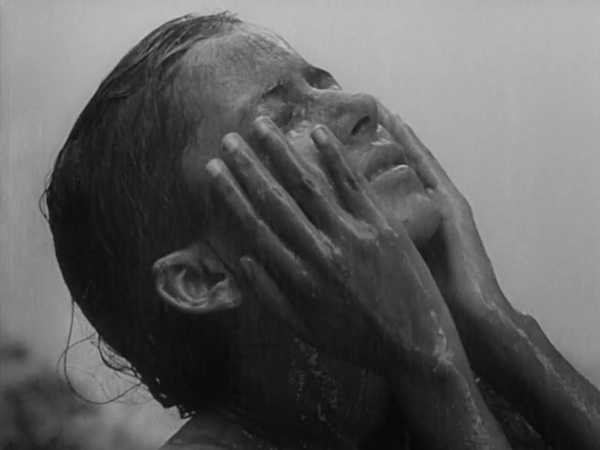 pather panchali - durga in rain